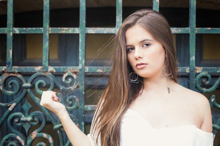 Ensaio de 15 anos registrado pelo fotógrafo de debutantes RJ Edu Nogueira num lindo cenário do Rio de Janeiro
