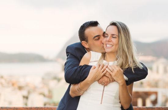 Livia e Marcelo - Casamento Civil no Rio de Janeiro registrado pelo fotógrafo Edu Nogueira. Fotos de casamento e família.