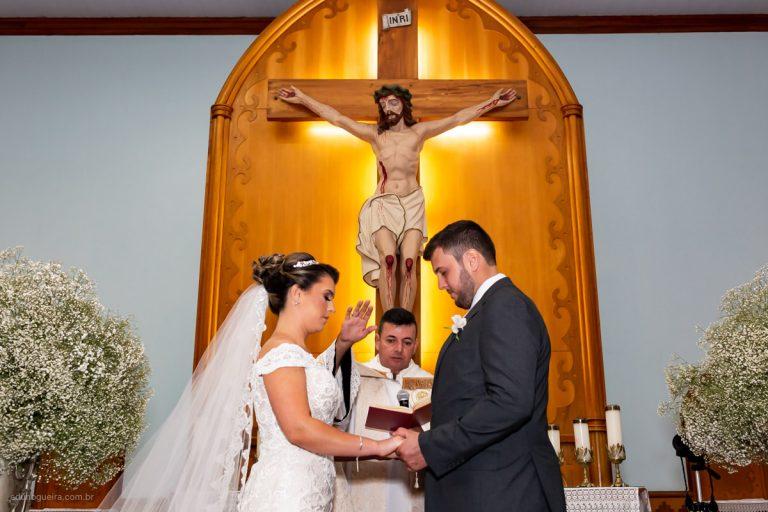 Thayara e Heyder - Casamento em Leopoldina realizado no Jardim Imperial e registrado pelo fotógrafo e casamento MG Edu Nogueira . Fotografia de Casamento no Interior MG